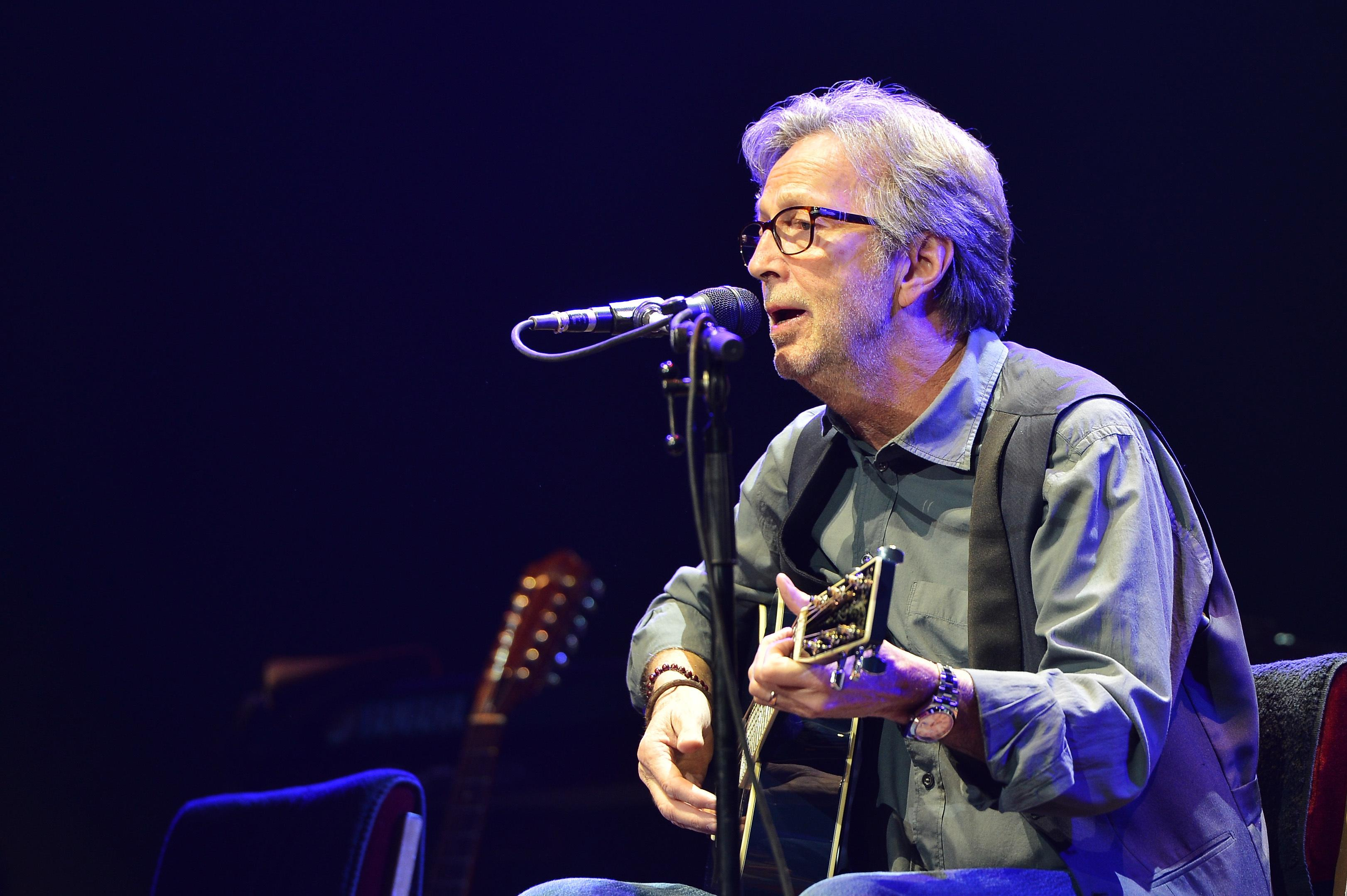 Eric Clapton - Tears In Heaven (Official Video) - Jellynote